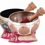 Singing bowl with cusion