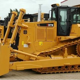 Working Bulldozer Services BEML