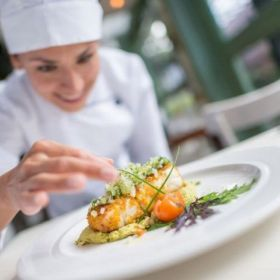 Buy restaurant insurances in canada - CHES Special Risk Inc.